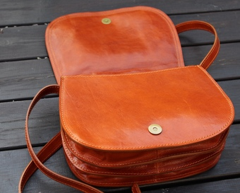 Italian leather tan messenger bag