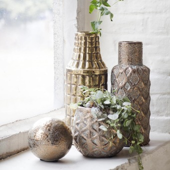 gold or copper plant pots or vases