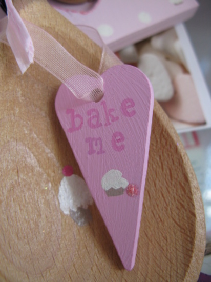 Bake me heart gift tag
