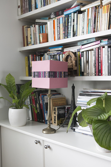 Rosado table lamp