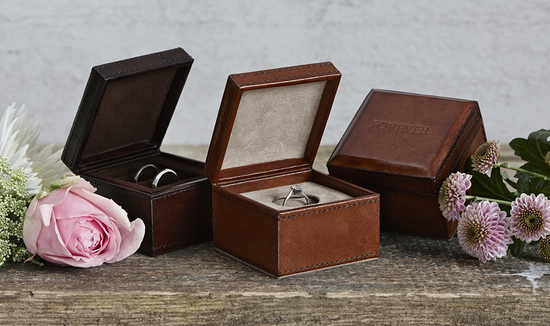 Our leather ring box comes in two colours and with one or two ring slots