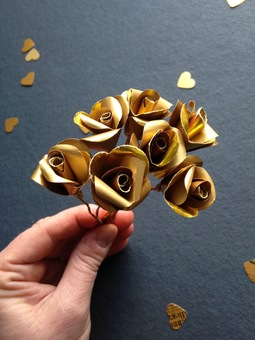 golden wedding anniversary roses