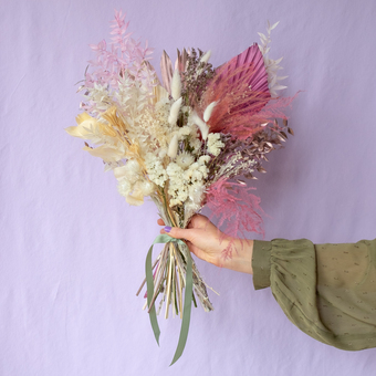 dried flower bouquet in pinks