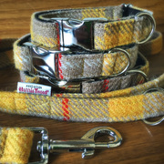 FUrry Necks Tweed Collars