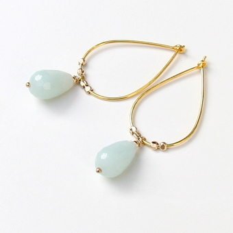 Playing around with shapes and adding semi-precious stones using the wire-wrapping technique facilitates so many beautiful variables of earrings.