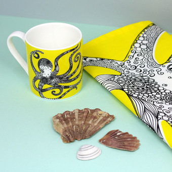 Octopus mug and tea towel gift set