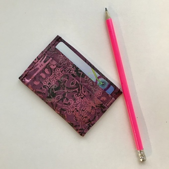 Leather card holder pink
