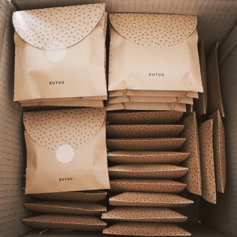 Kutuu gift packaging.