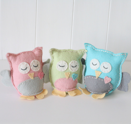 Our adorable felt Owl family Sewing Kits
