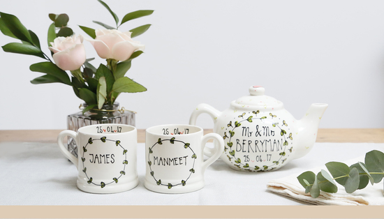 Teapot and Mugs gift set