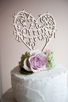 Hummingbird Cards laser cut cake topper