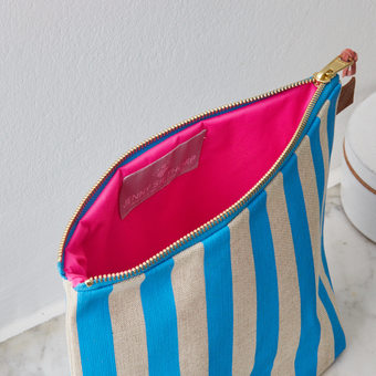 Bright pink waterproof lining for the popular Wash Bag in Deckchair