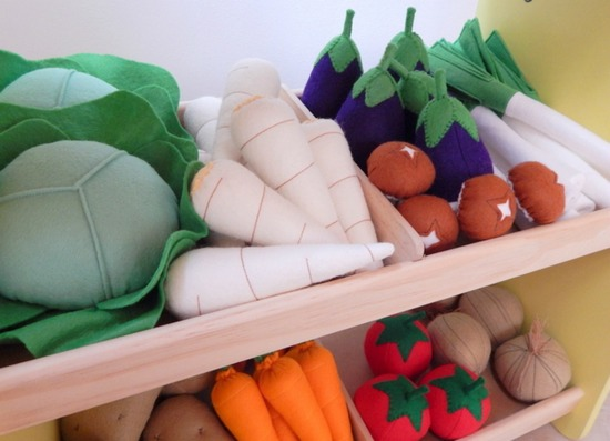 Feed your child's imagination with felt food for little people