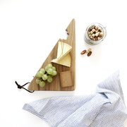 Oak Cheese Bite serving board