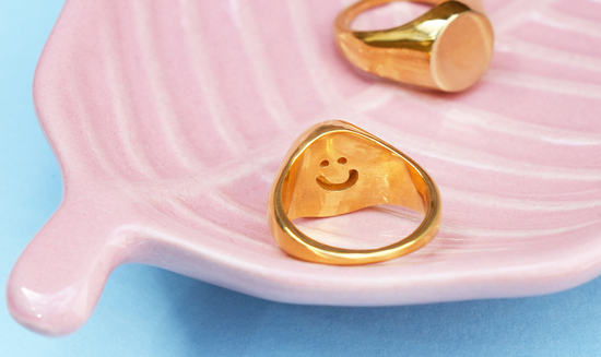 Mood Good Smiling Inside Gold Signet Ring