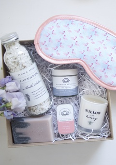 Hanson & Hopewell Pamper Bridal gift box