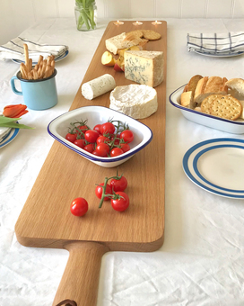 Extra long solid oak sharing platter board