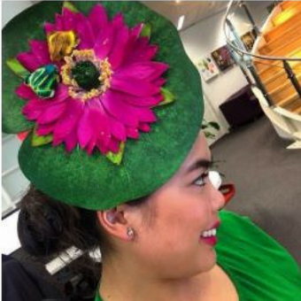 lily pad fascinator hat with frogs