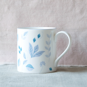 Blue botanical teapot