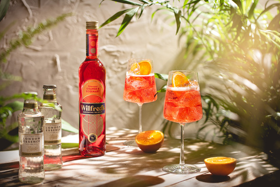 Wilfred's Alcohol-Free Aperitif with tonic for the perfect Non-Alcoholic Spritz