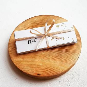 Gold splattered name place cards