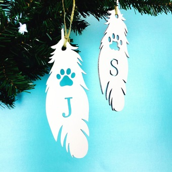 Personalised memorial pet feathers