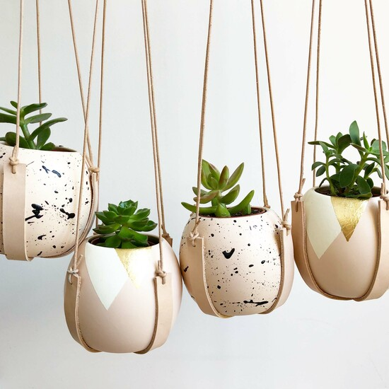 Round Splatter Plant Pot With Leather Hanging Sling