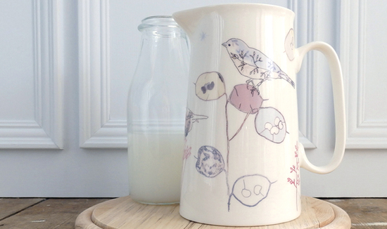bone china 2 pint farmhouse jug or vase