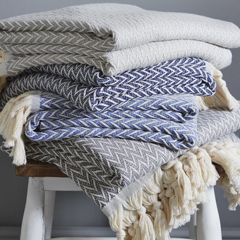 Zig Zag Throw