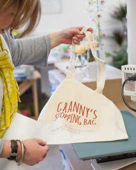 XOXO Gifts: Making our personalised tote bags in the studio