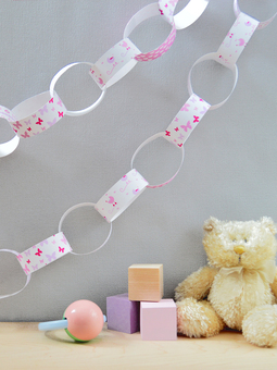 Baby Girl Paper Chain Kit