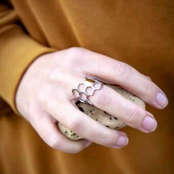 Best seller Honey Comb Ring available in polished steel, 18k rose or yellow gold plate.